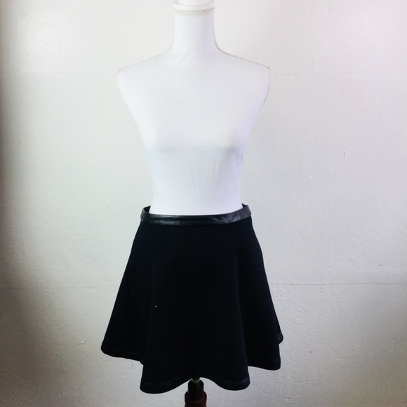 Black professional skater skirt